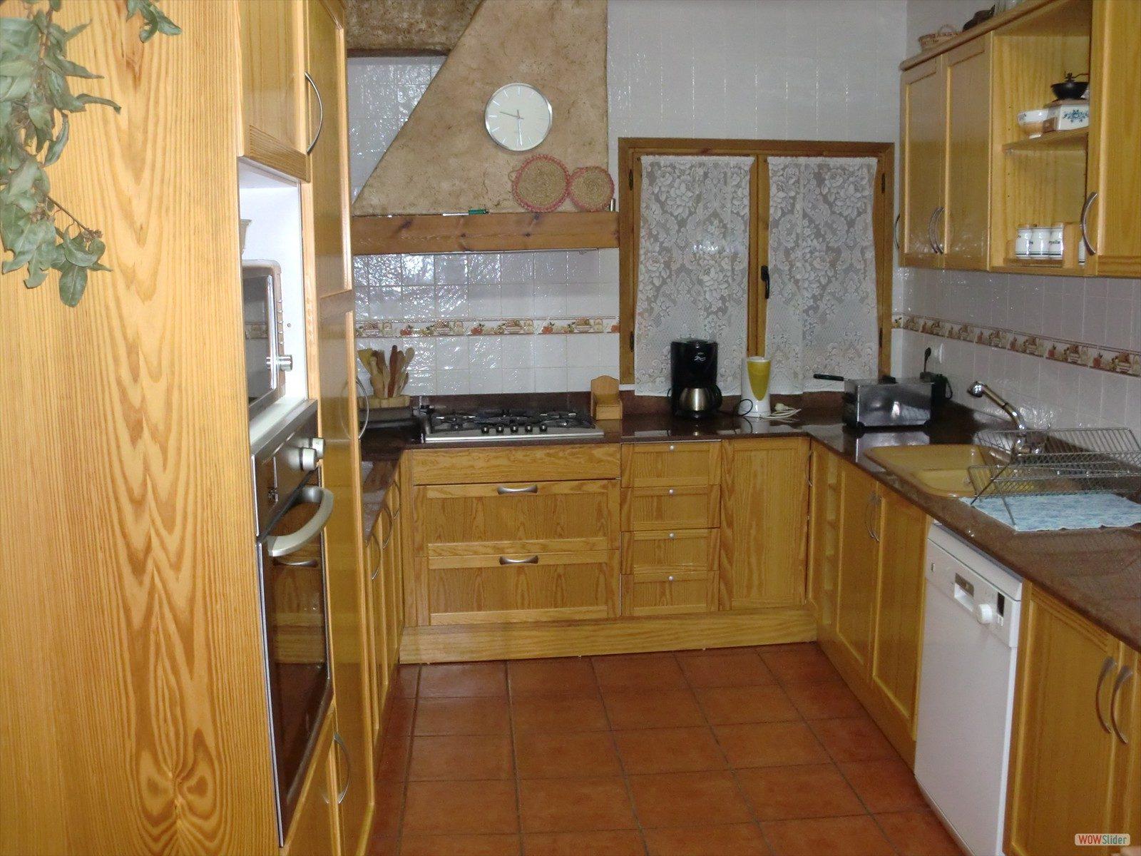 alojamiento casa rural cocina