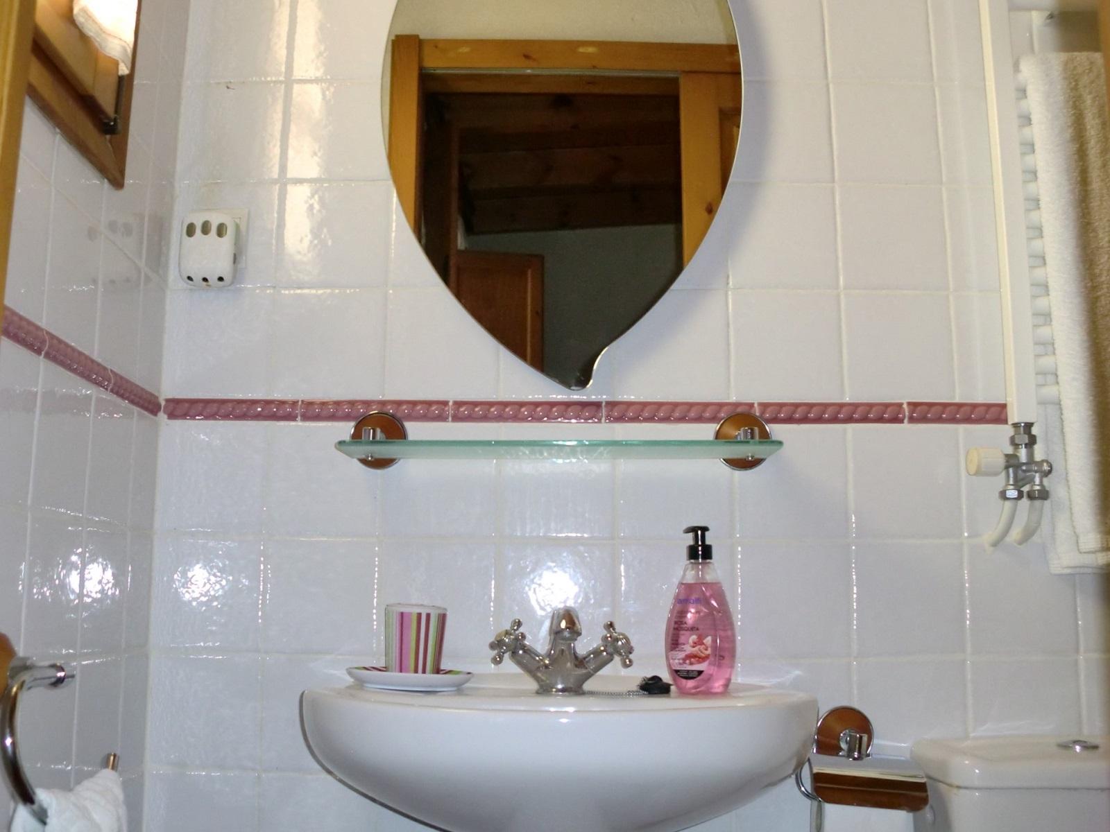 habitacion 5-baño
